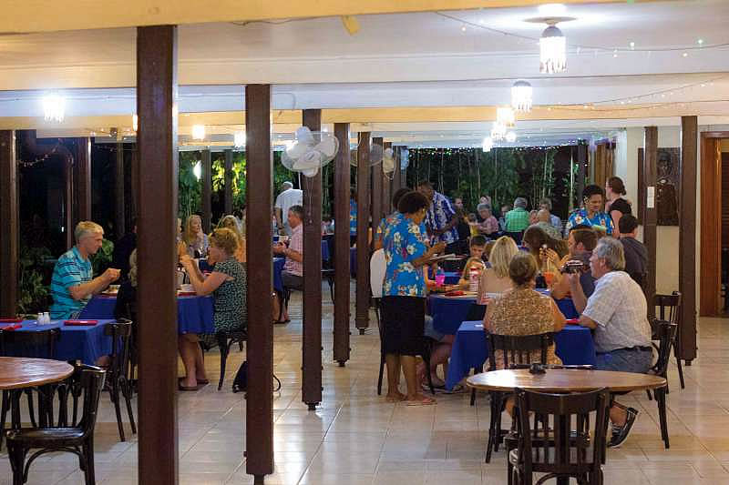 Great food and reasonable prices in the restaurant
