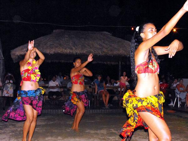 Polynesian hula