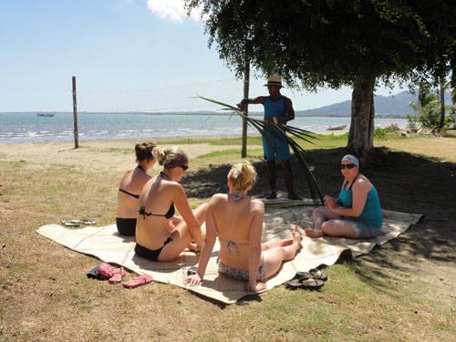 Learn traditional Fijian weaving