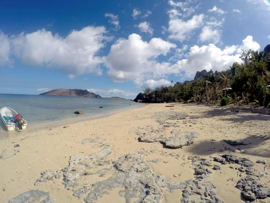 resorts and accommodation in the yasawa islands fiji rh fiji budget vacations com